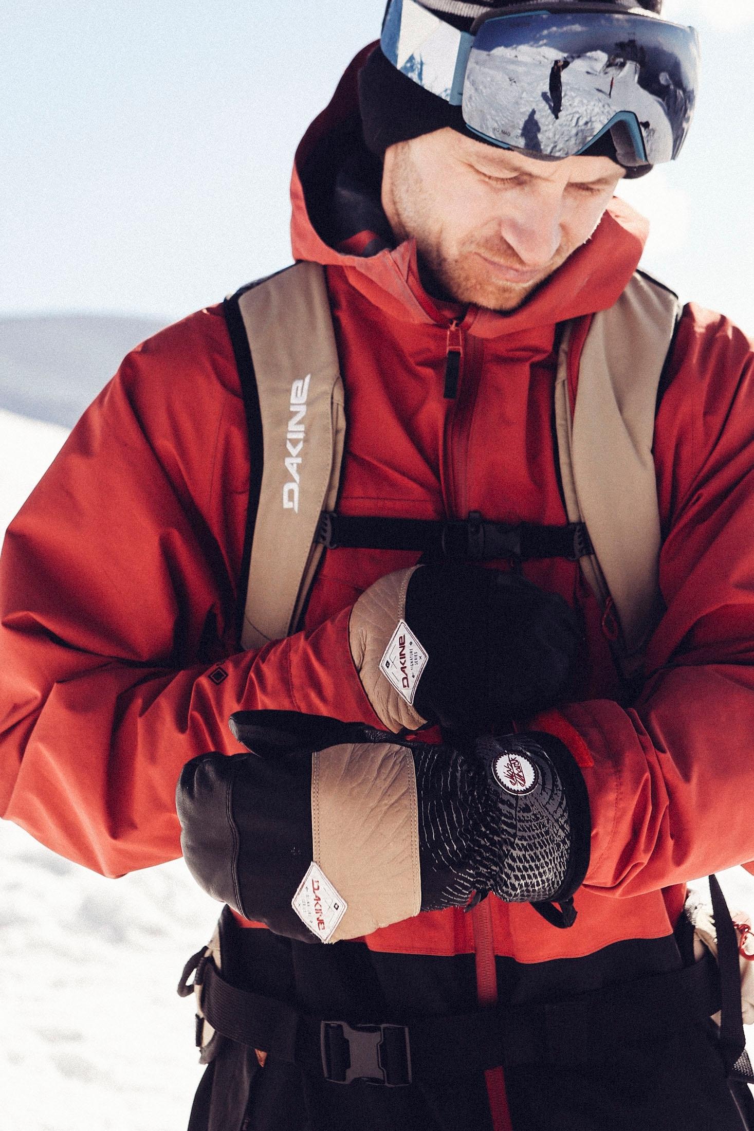 Dakine Team Poacher 22 Litre Ski Snow Back Pack Ruck Sack Elias Elhardt